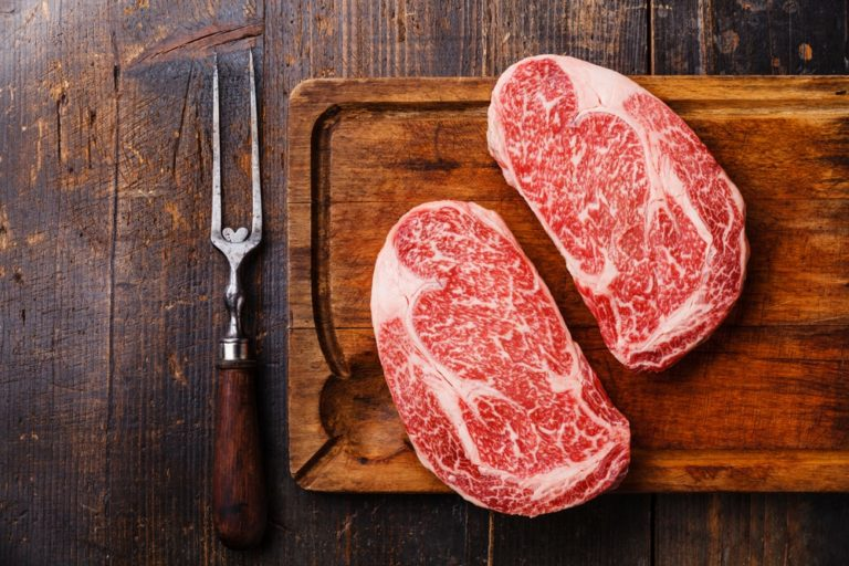 Wagyu Beef vs Kobe, Wagyu Beef vs Kobe Beef: What's the Difference?